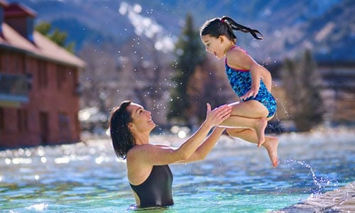 Modern Family: A Single Parents Guide to Glenwood Springs