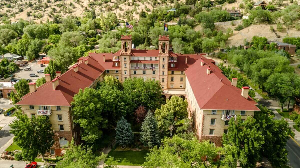Where to stay in glenwood springs colorado